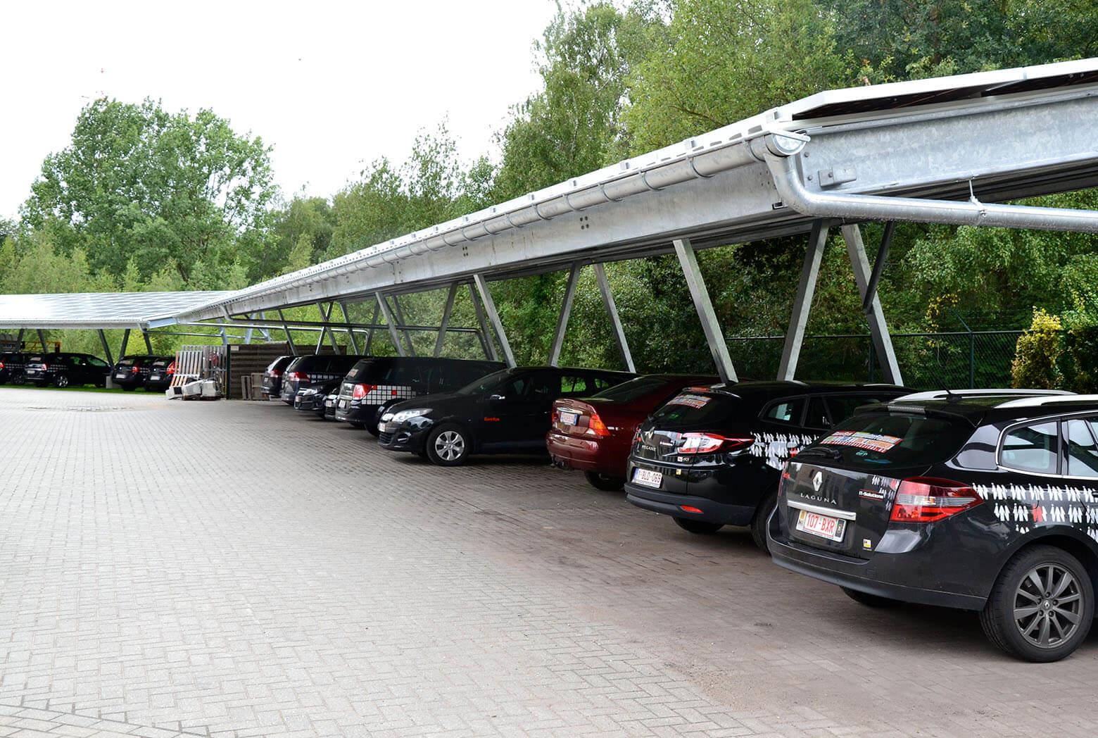 Zonnepanelen op Carport